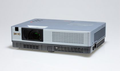 LC-XBL20 LCD Projector