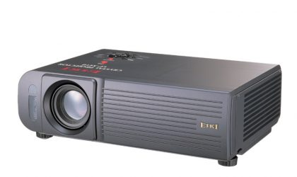 LC-XE10 LCD Projector