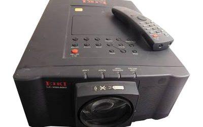 LC-XGA980U LCD Projector