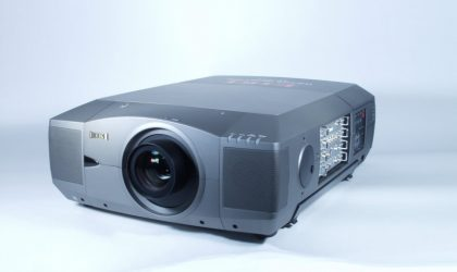 LC-UXT1 LCD Projector