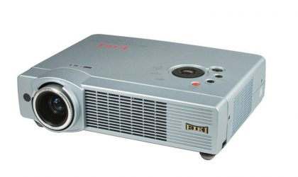 LC-XB30 LCD Projector