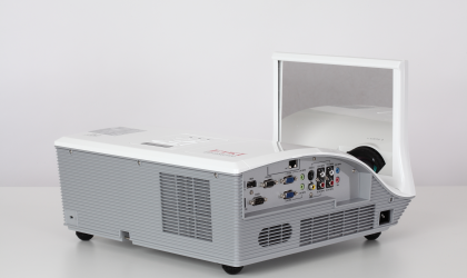 EIP-WSS3100 HD Widescreen Projector