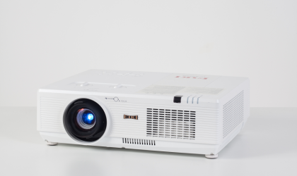 LC-WBS500 LCD Projector